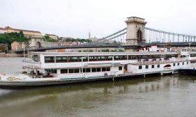 Budapest-6-VIP-rendezvényhajó-01-Budapest-Hajóbérlés