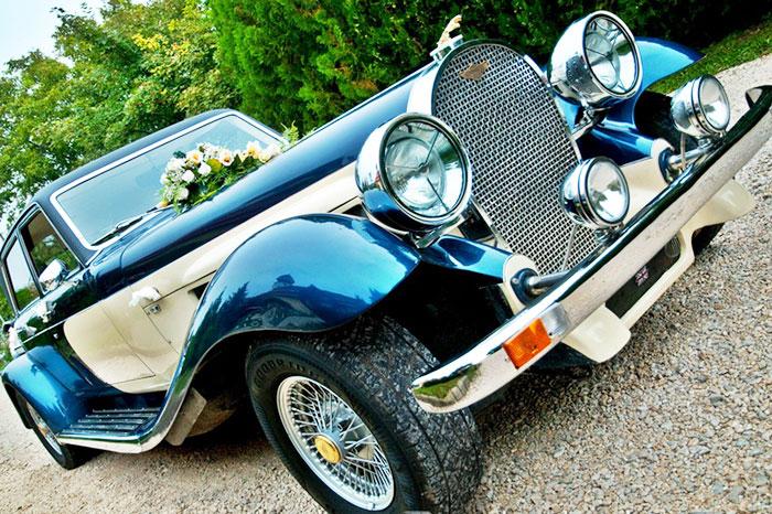 Esküvői oldtimer autóbérlés Budapest