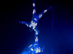 LED légtornász akrobata show műsor rendelés